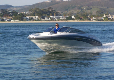 BOAT-REVIEW-CENTRE-Odyssey-650-Sundeck-BF225-Action-passing-front-side-view2-copy